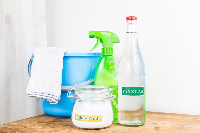 DIY Cleaning Products: Vinegar's Surprising Drawbacks