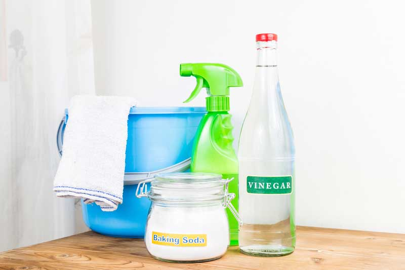 DIY Cleaning Products With Vinegar: The Drawbacks