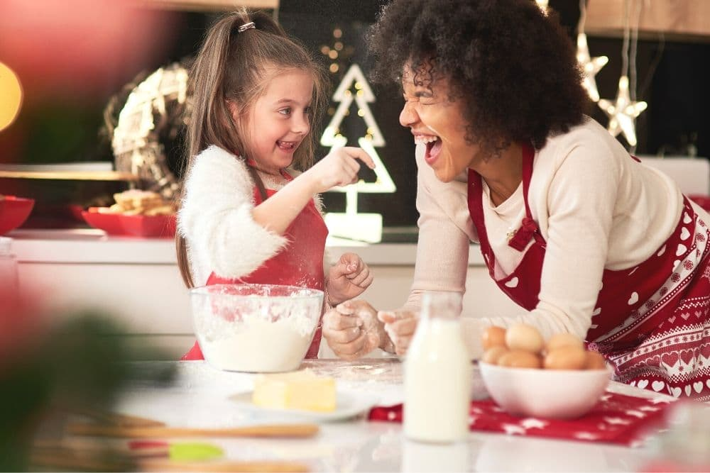 ECO-FRIENDLY HOLIDAY CLEANING TIPS